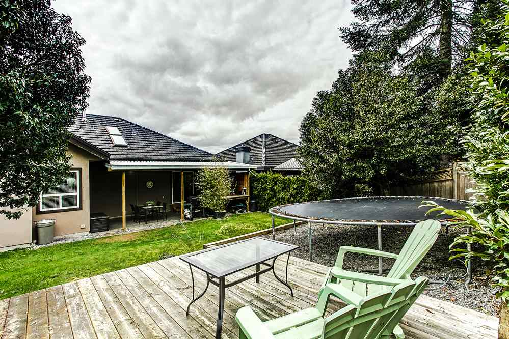 "Photo 18: 23855 ZERON Avenue in Maple Ridge: Albion House for sale in ""KANAKA RIDGE ESTATES"" : MLS(r) # R2156931"