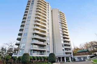 "Main Photo: 1105 71 JAMIESON Court in New Westminster: Fraserview NW Condo for sale in ""PALACE QUAY"" : MLS(r) # R2157843"