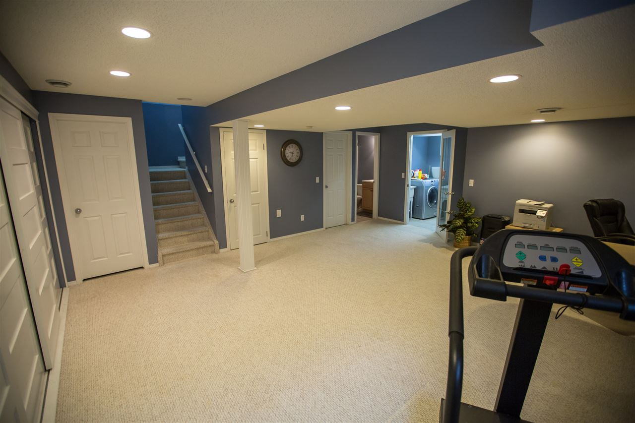 Photo 22: 58 NEWCASTLE Close: Sherwood Park House for sale : MLS(r) # E4060956