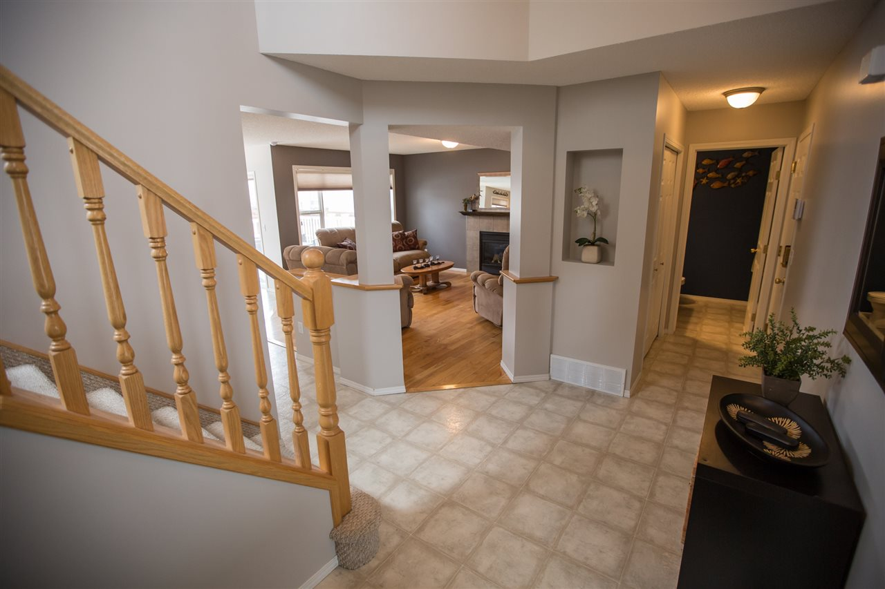 Photo 4: 58 NEWCASTLE Close: Sherwood Park House for sale : MLS(r) # E4060956