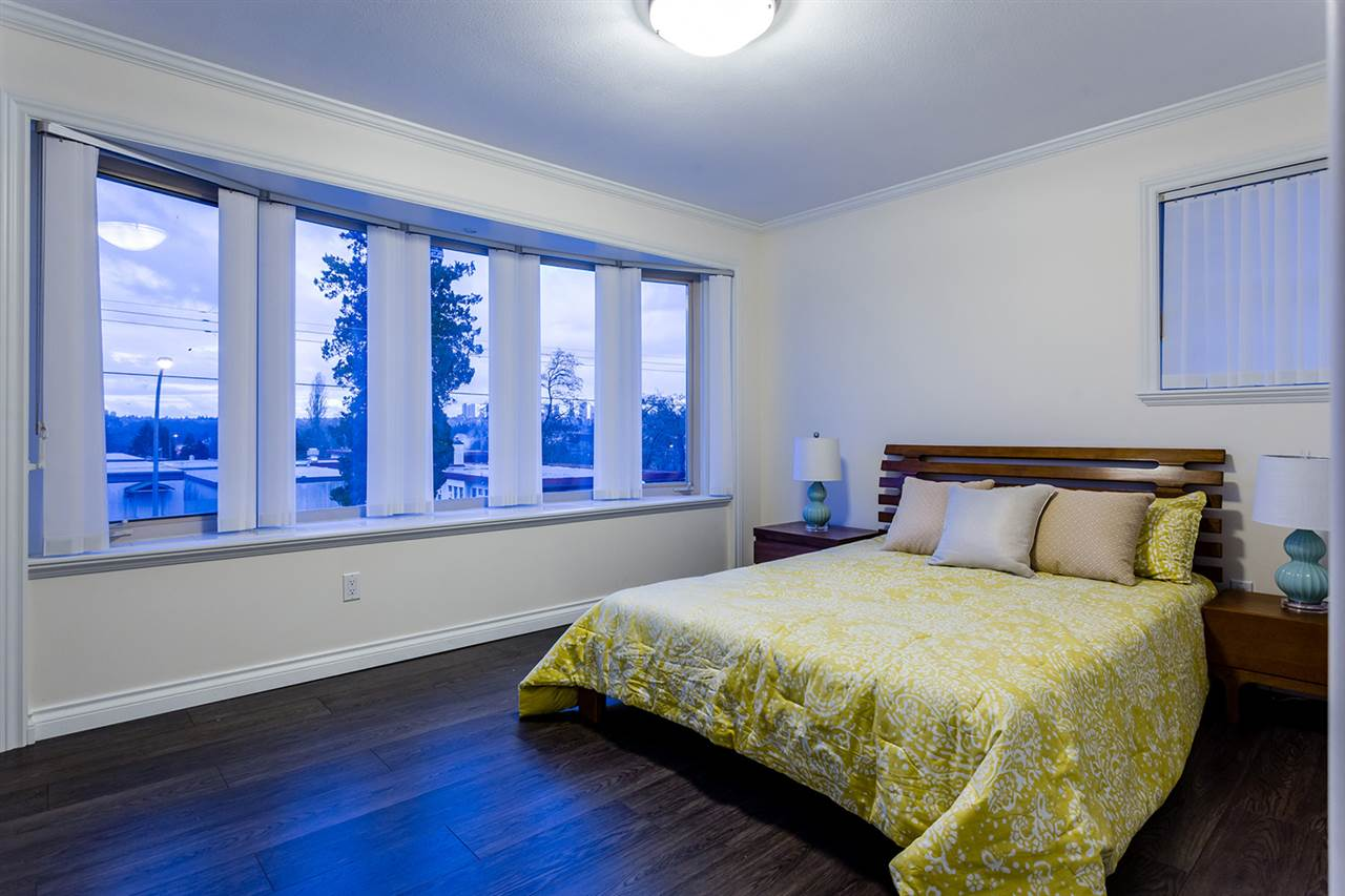 Photo 11: 6789 ADAIR Street in Burnaby: Montecito House for sale (Burnaby North)  : MLS(r) # R2179116