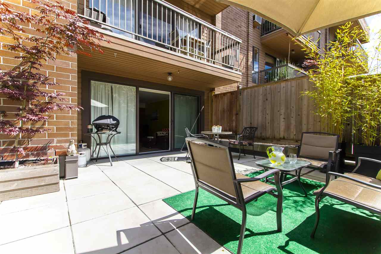 "Main Photo: 106 3264 OAK Street in Vancouver: Cambie Condo for sale in ""THE OAKS"" (Vancouver West)  : MLS(r) # R2179205"