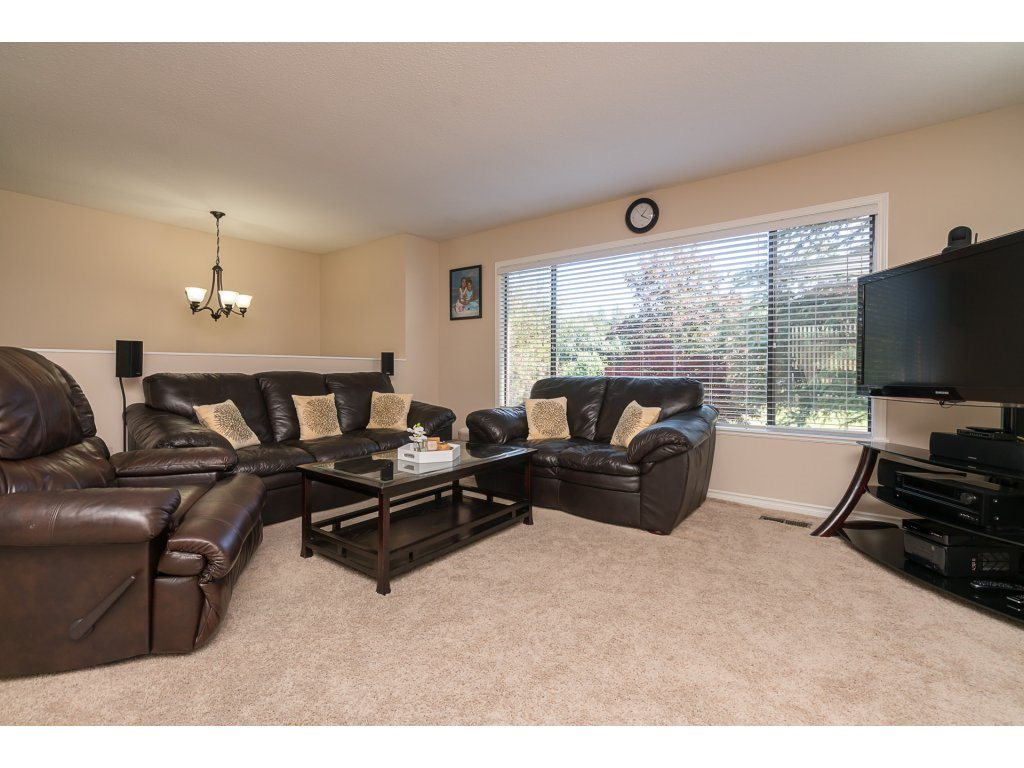 Photo 5: 33396 WREN Crescent in Abbotsford: Central Abbotsford House for sale : MLS(r) # R2182671