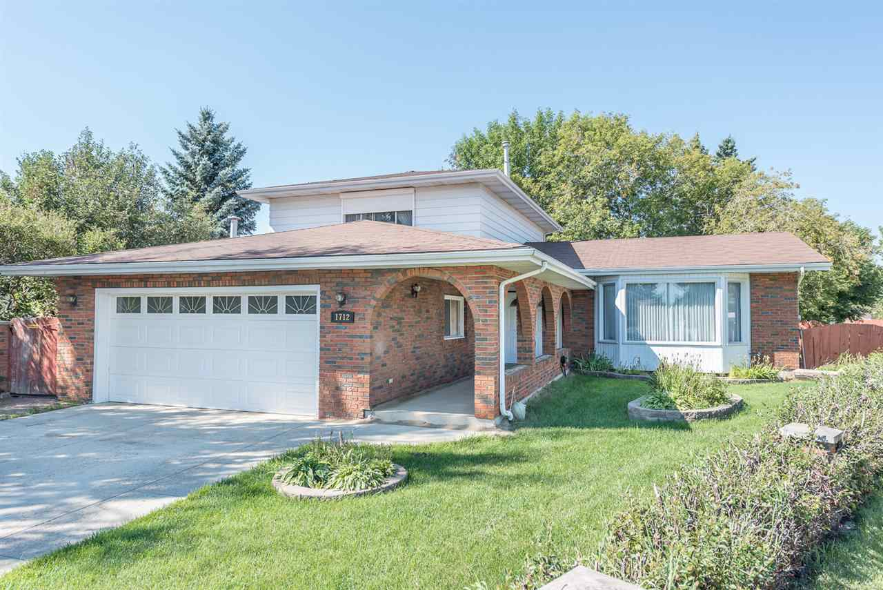 Main Photo: 1712 68 Street in Edmonton: Zone 29 House for sale : MLS® # E4075388