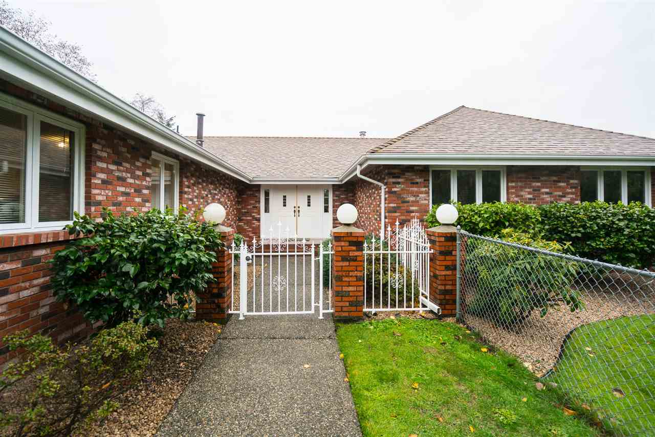 Photo 2: Photos: 2647 168TH Street in Surrey: Grandview Surrey House for sale (South Surrey White Rock)  : MLS® # R2219367