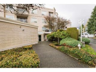 "Main Photo: 203 9295 122 Street in Surrey: Queen Mary Park Surrey Condo for sale in ""KENSINGTON GATE"" : MLS® # R2222990"