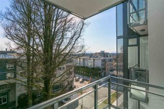 "Main Photo: 612 2033 W 10TH Avenue in Vancouver: Kitsilano Condo for sale in ""West 10th & Maple at Arbutus"" (Vancouver West)  : MLS® # R2248516"