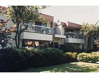 Main Photo: 205 3001 ST GEORGE ST in Port Moody: Port Moody Centre Condo for sale : MLS®# V570481