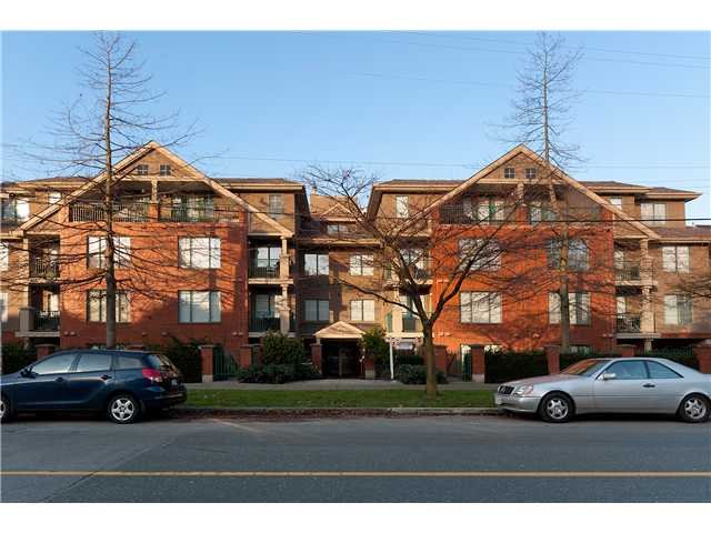 "Photo 10: 107 929 W 16TH Avenue in Vancouver: Fairview VW Condo for sale in ""Oakview Gardens"" (Vancouver West)  : MLS® # V921322"