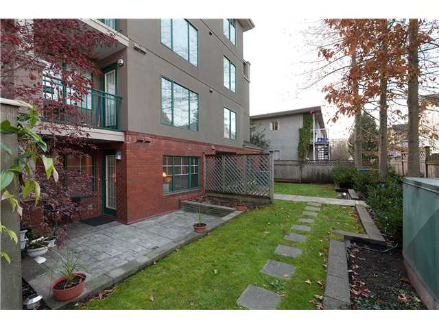 "Photo 8: 107 929 W 16TH Avenue in Vancouver: Fairview VW Condo for sale in ""Oakview Gardens"" (Vancouver West)  : MLS® # V921322"