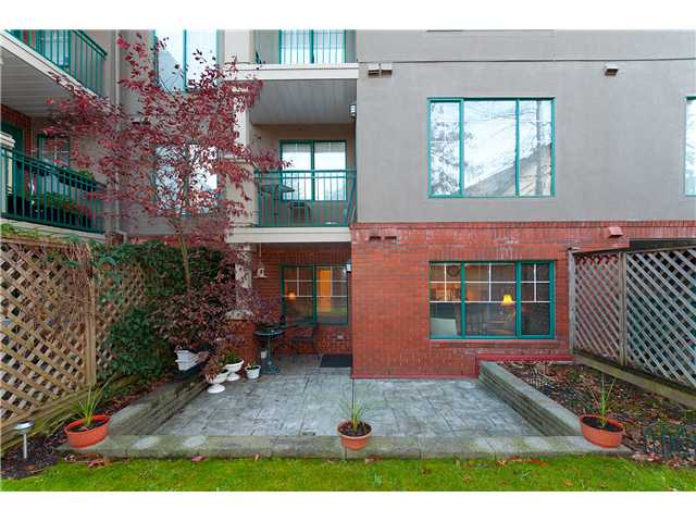 "Photo 9: 107 929 W 16TH Avenue in Vancouver: Fairview VW Condo for sale in ""Oakview Gardens"" (Vancouver West)  : MLS® # V921322"