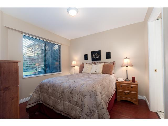 "Photo 5: 107 929 W 16TH Avenue in Vancouver: Fairview VW Condo for sale in ""Oakview Gardens"" (Vancouver West)  : MLS® # V921322"