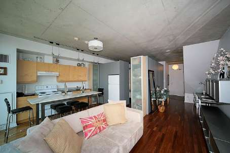 Photo 5: 10 333 E Adelaide Street in Toronto: Moss Park Condo for sale (Toronto C08)  : MLS(r) # C2448433