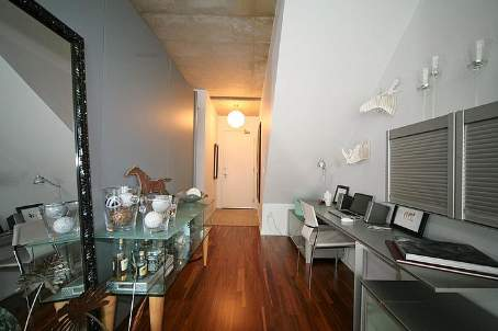 Photo 2: 10 333 E Adelaide Street in Toronto: Moss Park Condo for sale (Toronto C08)  : MLS(r) # C2448433