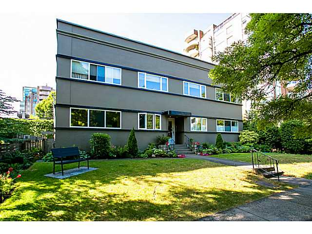 "Main Photo: 10 2296 W 39TH Avenue in Vancouver: Kerrisdale Condo for sale in ""KERRISDALE CREST"" (Vancouver West)  : MLS® # V1036548"
