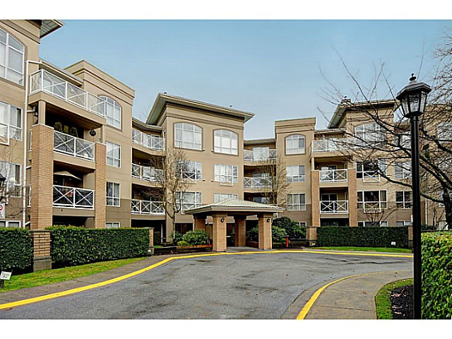 "Main Photo: 110 2551 PARKVIEW Lane in Port Coquitlam: Central Pt Coquitlam Condo for sale in ""THE CRESCENT"" : MLS(r) # V1041287"
