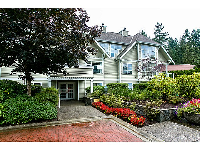 "Main Photo: 206 3377 CAPILANO Crescent in North Vancouver: Capilano NV Condo for sale in ""CAPILANO ESTATES"" : MLS® # V1049079"
