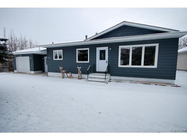 Main Photo: 62 Chanoinesse Street in NOTREDAMELRDS: Manitoba Other Residential for sale : MLS(r) # 1427452