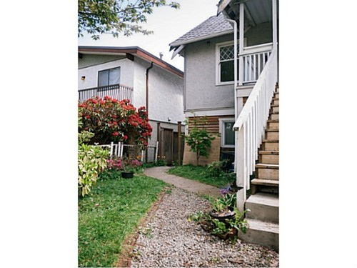 Photo 3: 5022 PRINCE ALBERT Street in Vancouver East: Fraser VE Home for sale ()  : MLS® # V1063798