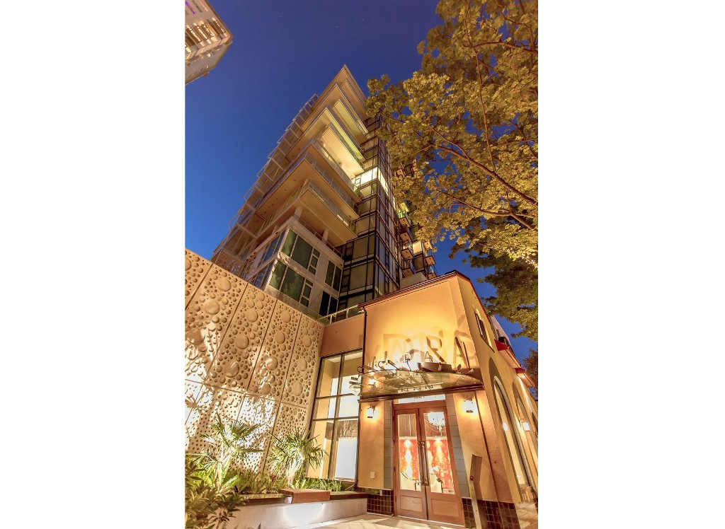 "Main Photo: 806 1221 BIDWELL Street in Vancouver: West End VW Condo for sale in ""Alexandra"" (Vancouver West)  : MLS® # R2019706"
