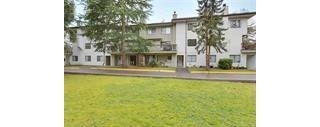"Main Photo: 208 13275 70B Avenue in Surrey: West Newton Condo for sale in ""Suncreek"" : MLS(r) # R2029615"