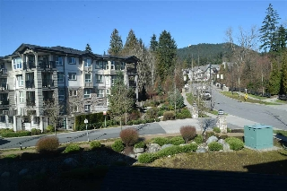 Main Photo: 410 3082 DAYANEE SPRINGS Boulevard in Coquitlam: Westwood Plateau Condo for sale : MLS® # R2038104