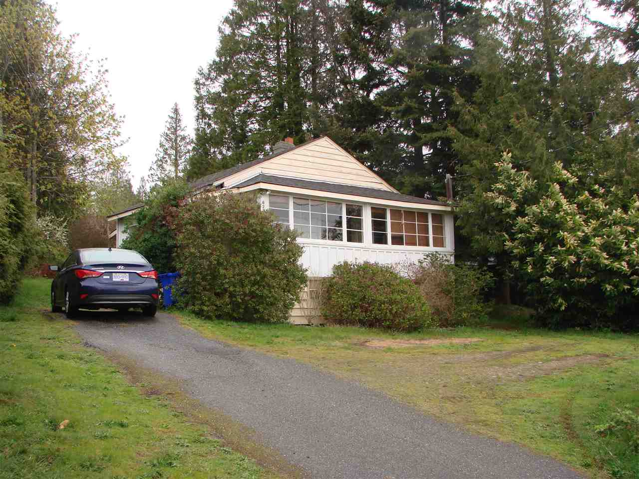 Main Photo: 6236 SUNSHINE COAST Highway in Sechelt: Sechelt District House for sale (Sunshine Coast)  : MLS(r) # R2054957