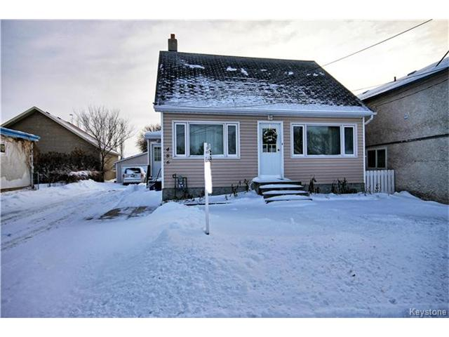 Main Photo: 486 Jolys Avenue West in St Pierre-Jolys: R17 Residential for sale : MLS® # 1626233