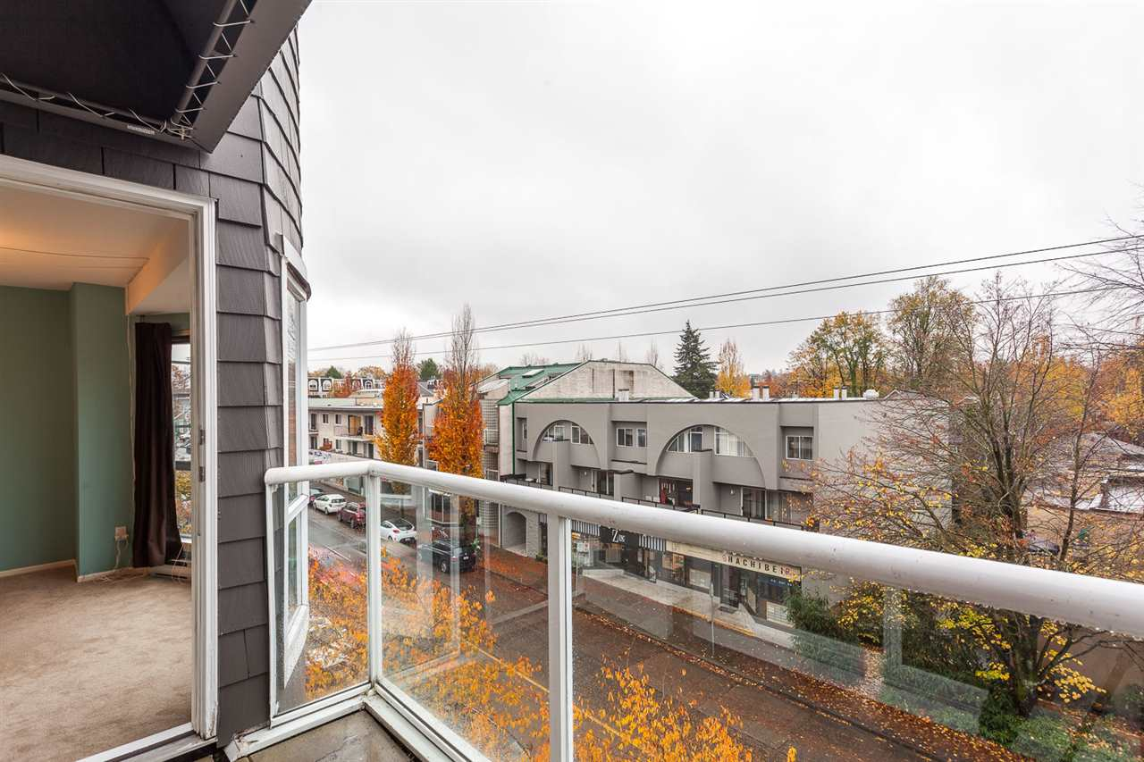 "Photo 12: 409 789 W 16TH Avenue in Vancouver: Fairview VW Condo for sale in ""Sixteen Willows"" (Vancouver West)  : MLS(r) # R2120499"