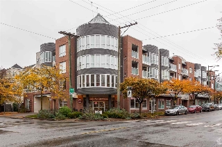 "Main Photo: 409 789 W 16TH Avenue in Vancouver: Fairview VW Condo for sale in ""Sixteen Willows"" (Vancouver West)  : MLS(r) # R2120499"