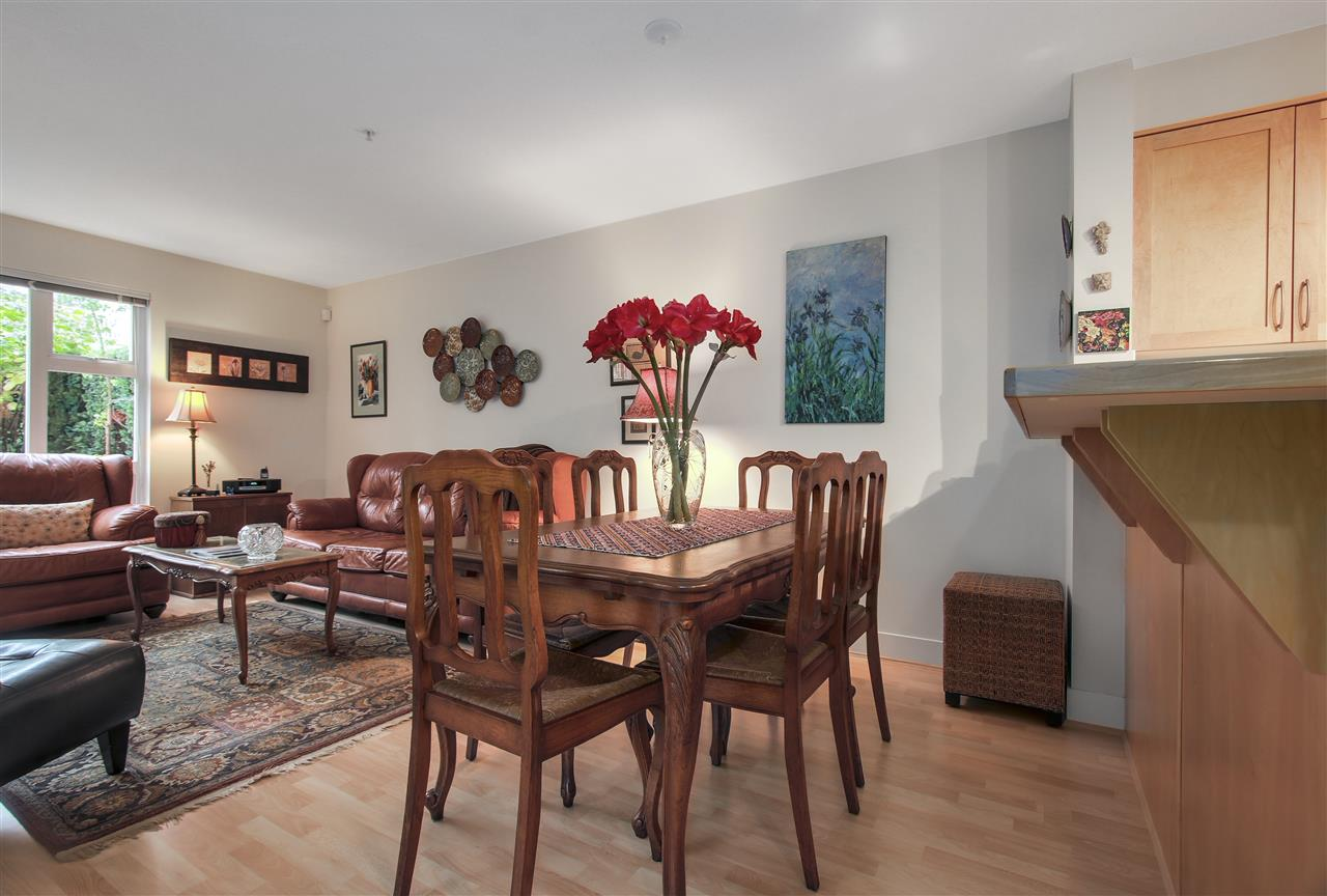 "Photo 4: 110 1868 W 5TH Avenue in Vancouver: Kitsilano Condo for sale in ""Greenwich"" (Vancouver West)  : MLS(r) # R2122472"