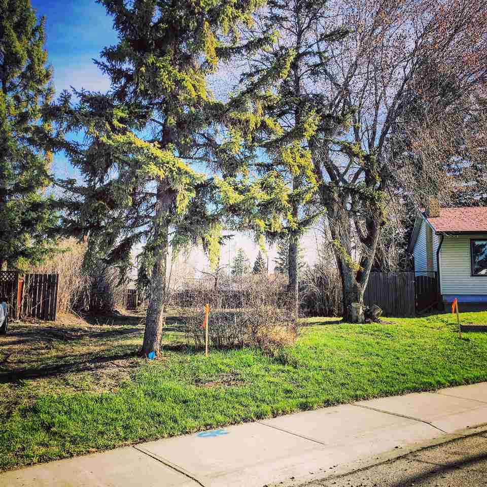 Main Photo: 15710 106a Avenue in Edmonton: Zone 21 Vacant Lot for sale : MLS(r) # E4062317