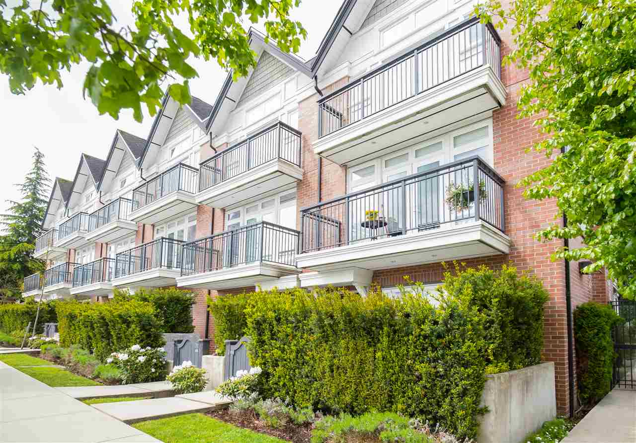 "Main Photo: 8 5655 CHAFFEY Avenue in Burnaby: Central Park BS Townhouse for sale in ""Townewalk"" (Burnaby South)  : MLS® # R2167415"