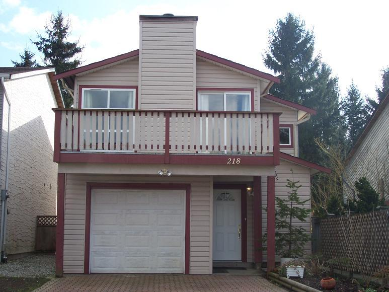 Main Photo: 218 DAVIS Crest in Langley: Home for sale : MLS® # F2730743