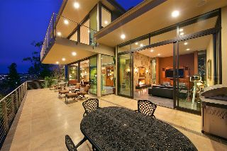 Main Photo: POINT LOMA House for sale : 4 bedrooms : 3205 Russell Street in San Diego