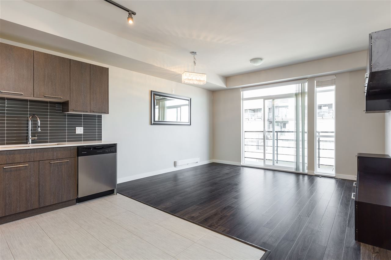 Main Photo: 315 5248 GRIMMER Street in Burnaby: Metrotown Condo for sale (Burnaby South)  : MLS® # R2181397