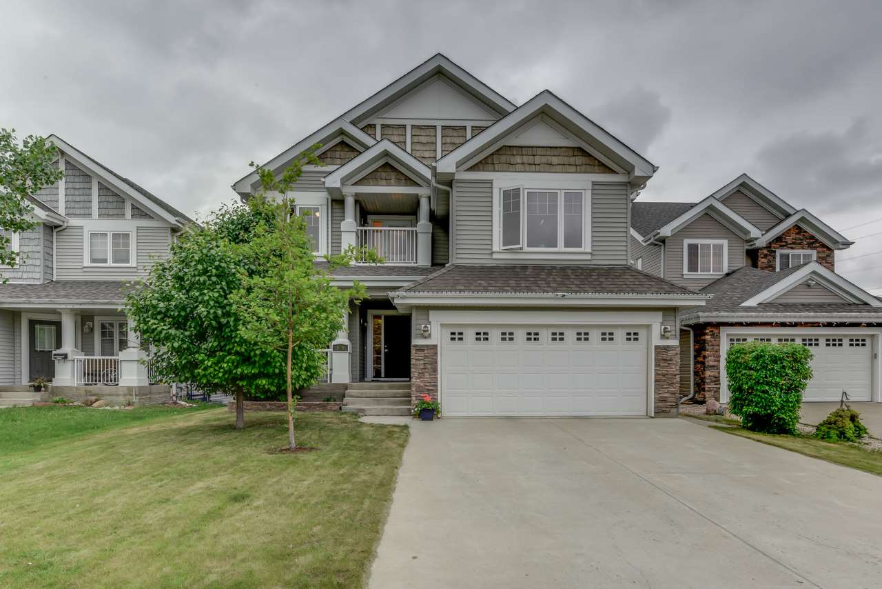 Main Photo: 549 STEWART Crescent in Edmonton: Zone 53 House for sale : MLS® # E4072232