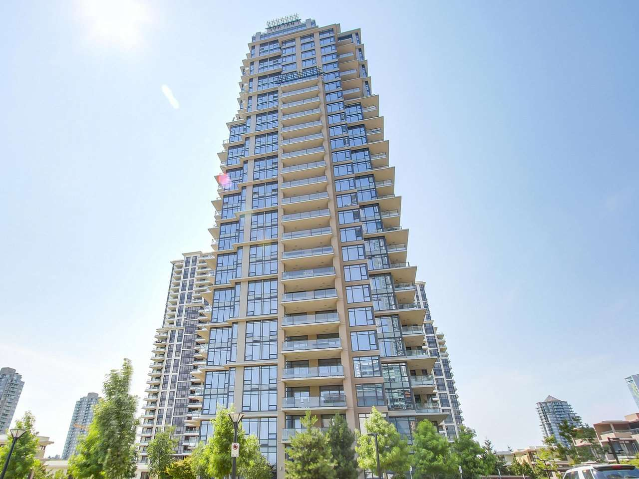 Main Photo: 1001 2077 ROSSER Avenue in Burnaby: Brentwood Park Condo for sale (Burnaby North)  : MLS(r) # R2189773