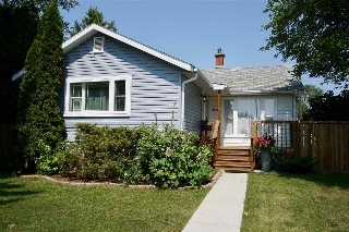 Main Photo: 13718 118 Avenue in Edmonton: Zone 04 House for sale : MLS® # E4075747
