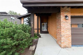 Main Photo: 93 WESTRIDGE Road in Edmonton: Zone 22 House for sale : MLS® # E4084917