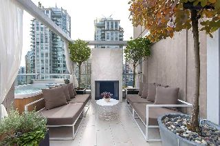 "Main Photo: 1207 822 SEYMOUR Street in Vancouver: Downtown VW Condo for sale in ""L'aria"" (Vancouver West)  : MLS® # R2215958"