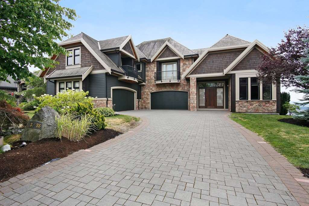 "Photo 1: Photos: 35488 JADE Drive in Abbotsford: Abbotsford East House for sale in ""Eagle Mountain"" : MLS® # R2222601"