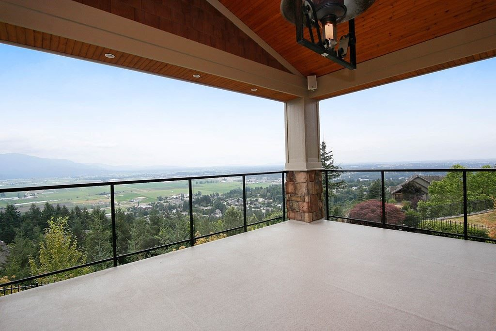 "Photo 19: Photos: 35488 JADE Drive in Abbotsford: Abbotsford East House for sale in ""Eagle Mountain"" : MLS® # R2222601"