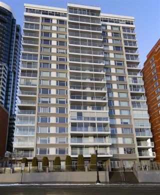 Main Photo:  in Edmonton: Zone 12 Condo for sale : MLS® # E4089700