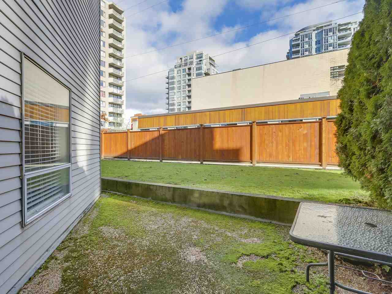 "Photo 8: Photos: 108 1550 CHESTERFIELD Avenue in North Vancouver: Central Lonsdale Condo for sale in ""THE CHESTERS"" : MLS® # R2242506"