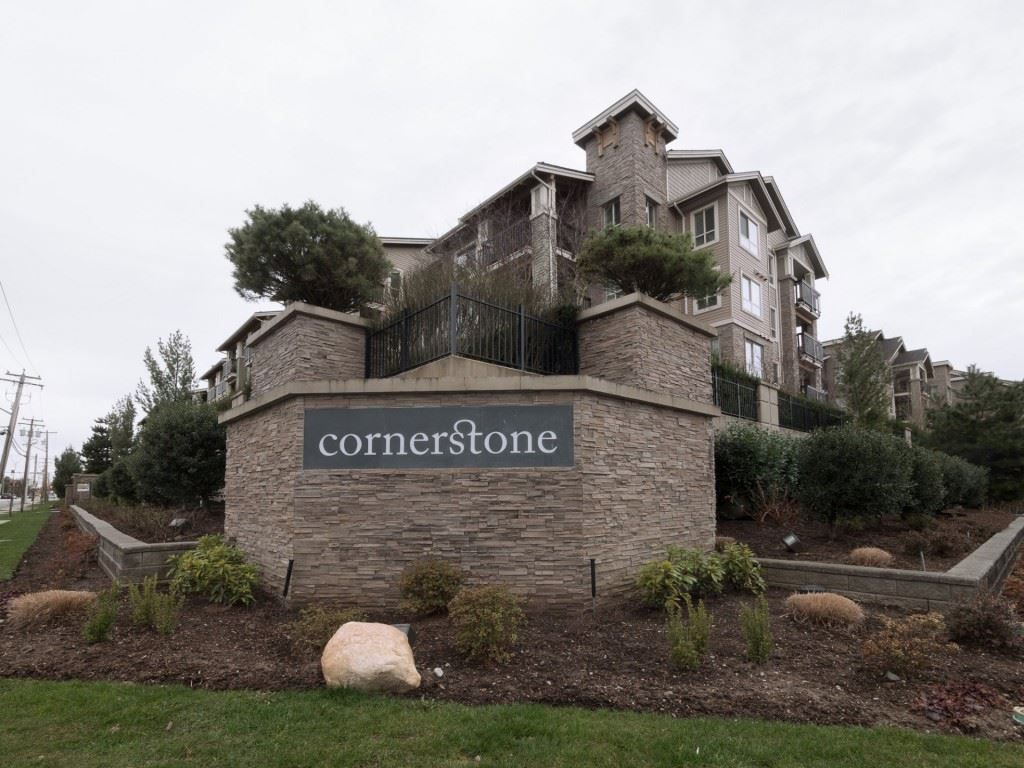 "Main Photo: 410 21009 56 Avenue in Langley: Salmon River Condo for sale in ""CORNERSTONE"" : MLS®# R2247228"