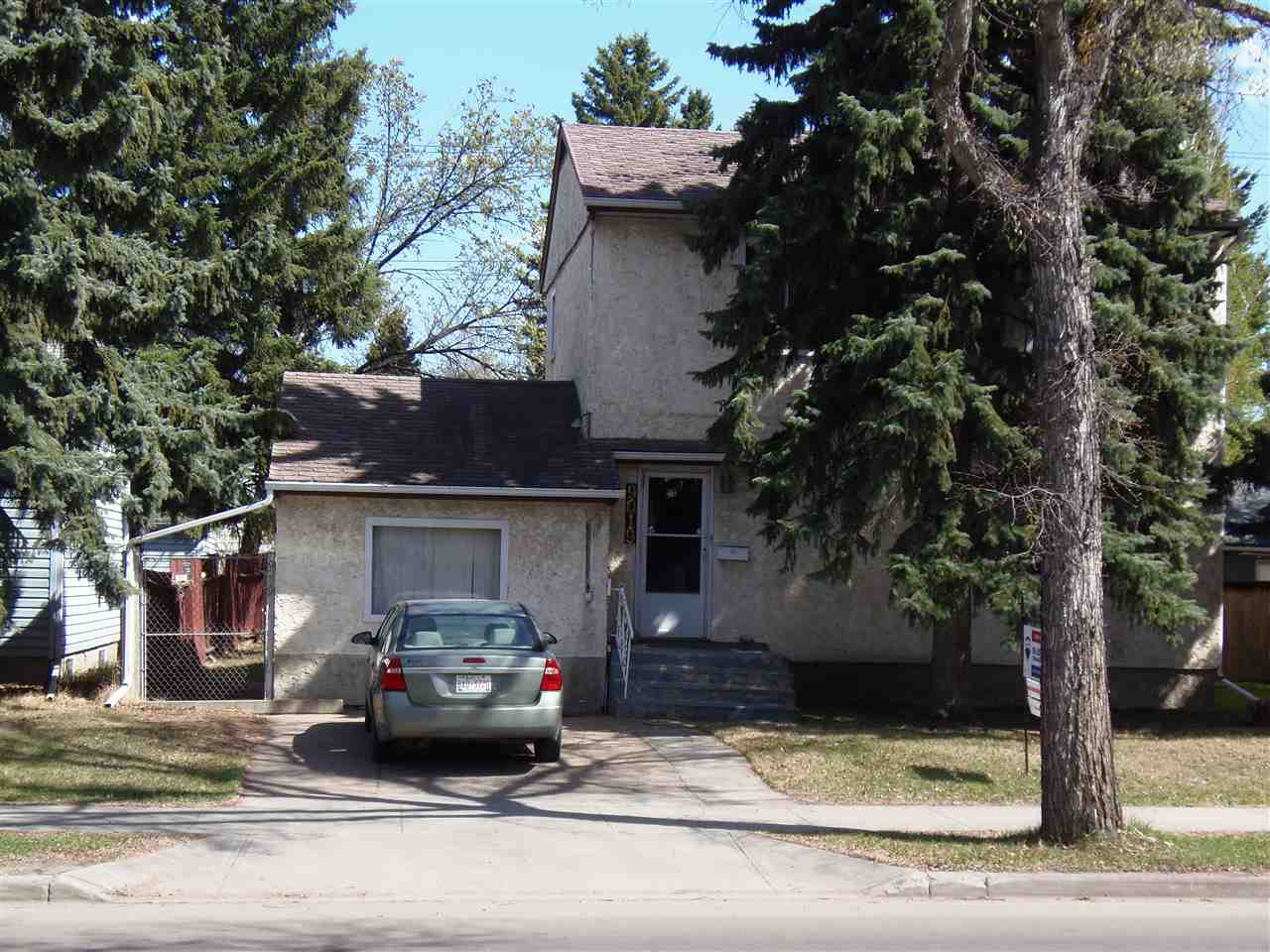 Main Photo: 9019 79 Street in Edmonton: Zone 18 House for sale : MLS®# E4104986