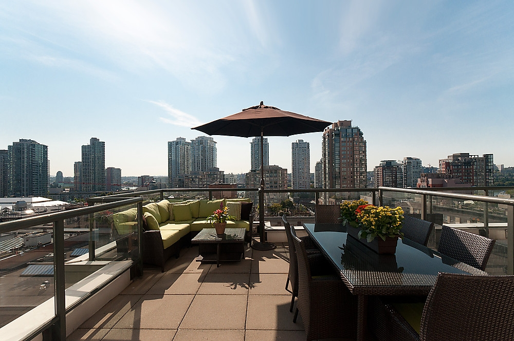 "Main Photo: 1005 1155 HOMER Street in Vancouver: Yaletown Condo for sale in ""CITYCREST"" (Vancouver West)  : MLS®# V903366"