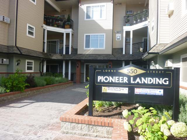 Photo 18: 550 LORNE STREET in Kamloops: South Kamloops Multifamily for sale (210)  : MLS(r) # 105677