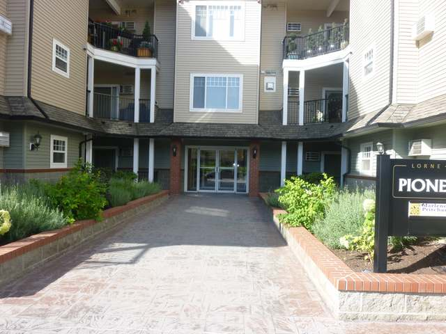 Photo 19: 550 LORNE STREET in Kamloops: South Kamloops Multifamily for sale (210)  : MLS(r) # 105677